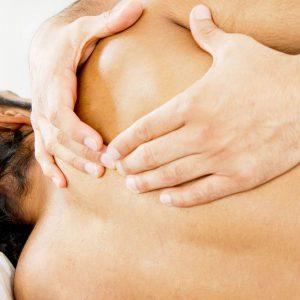 Οστεοπαθητική – Χειροπρακτική: Πώς γίνεται η θεραπεία